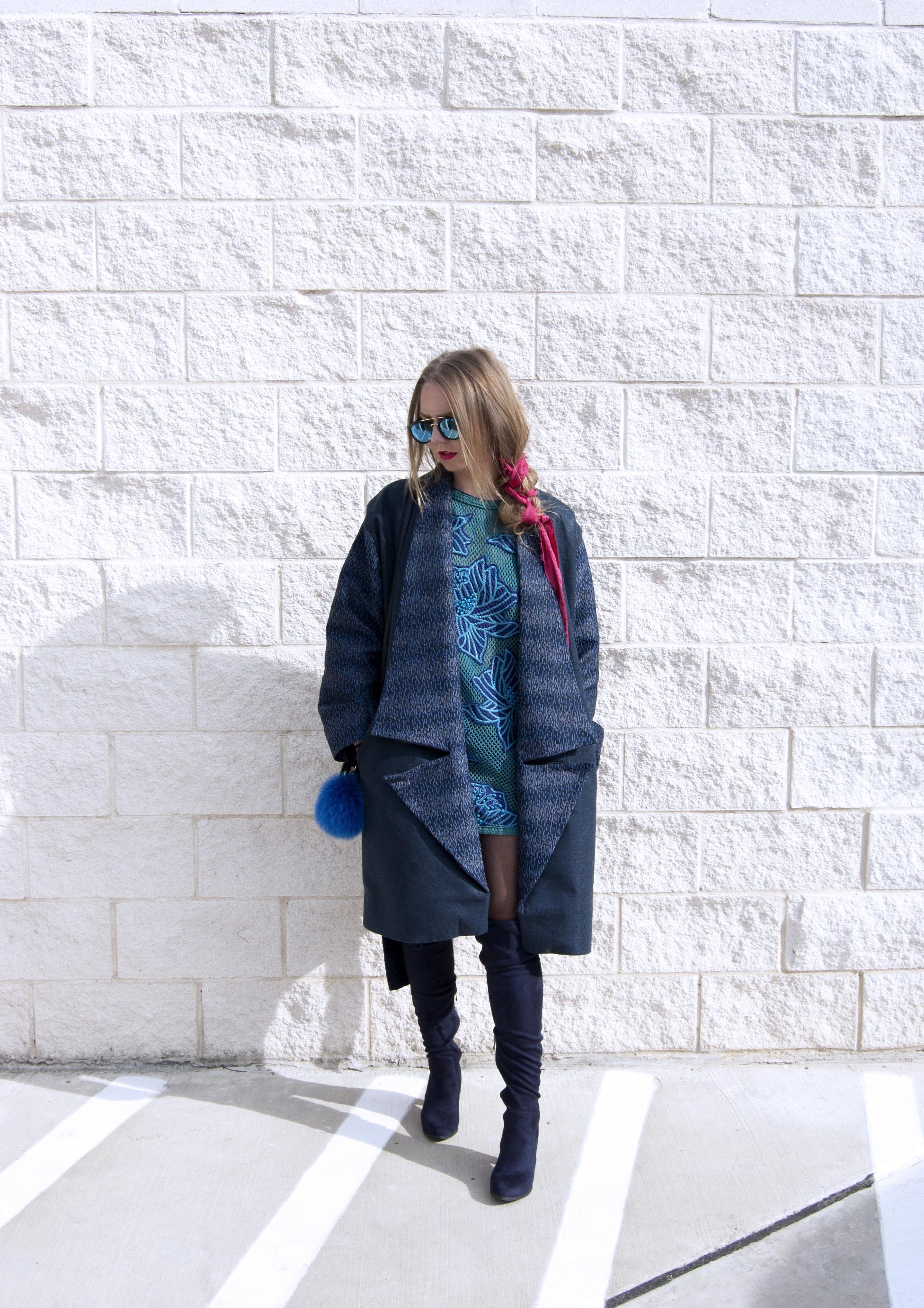 01 blue lapel coat