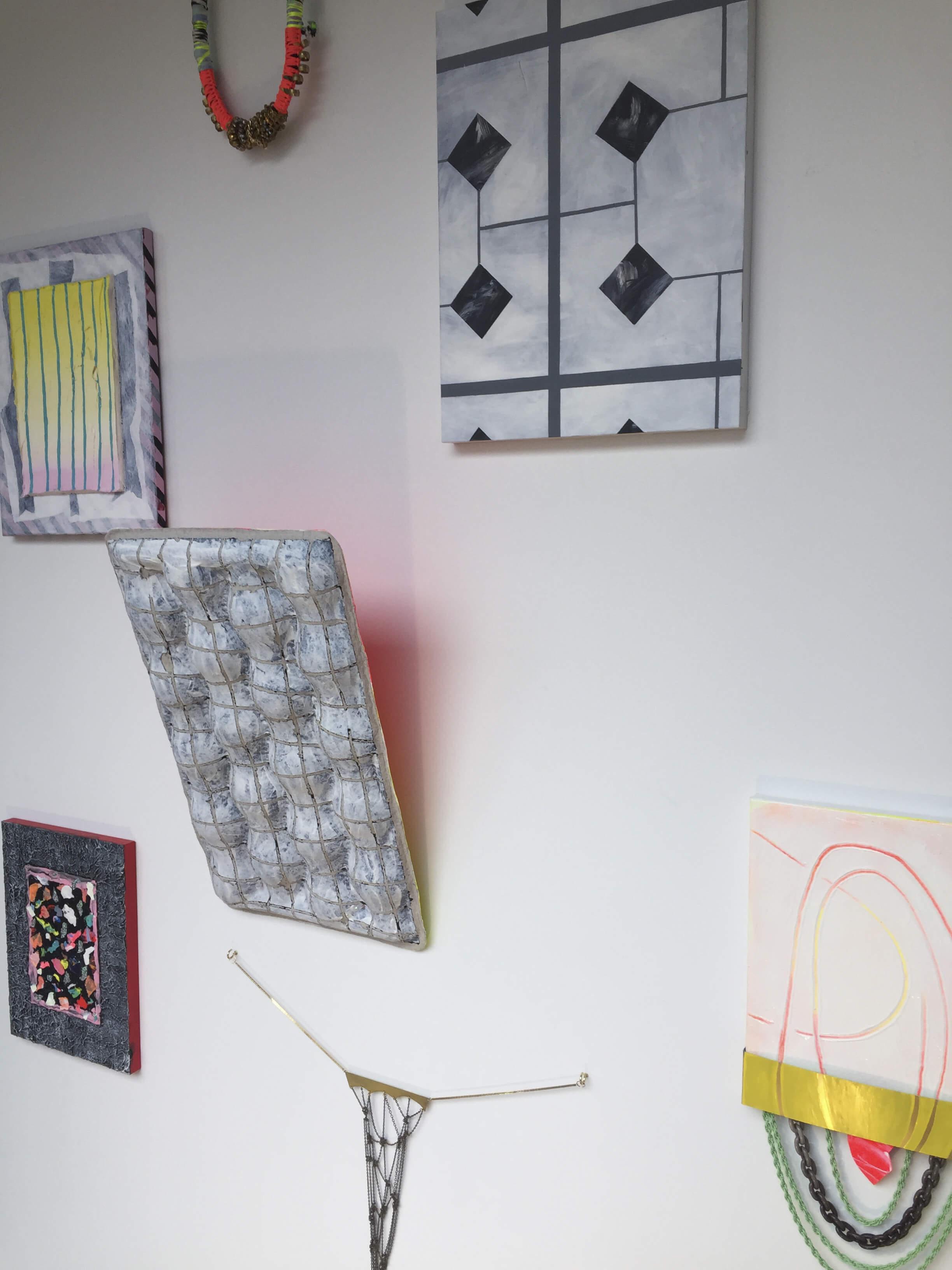 nmn_instalation-view-Unisexsalon-Gallery_2017-01