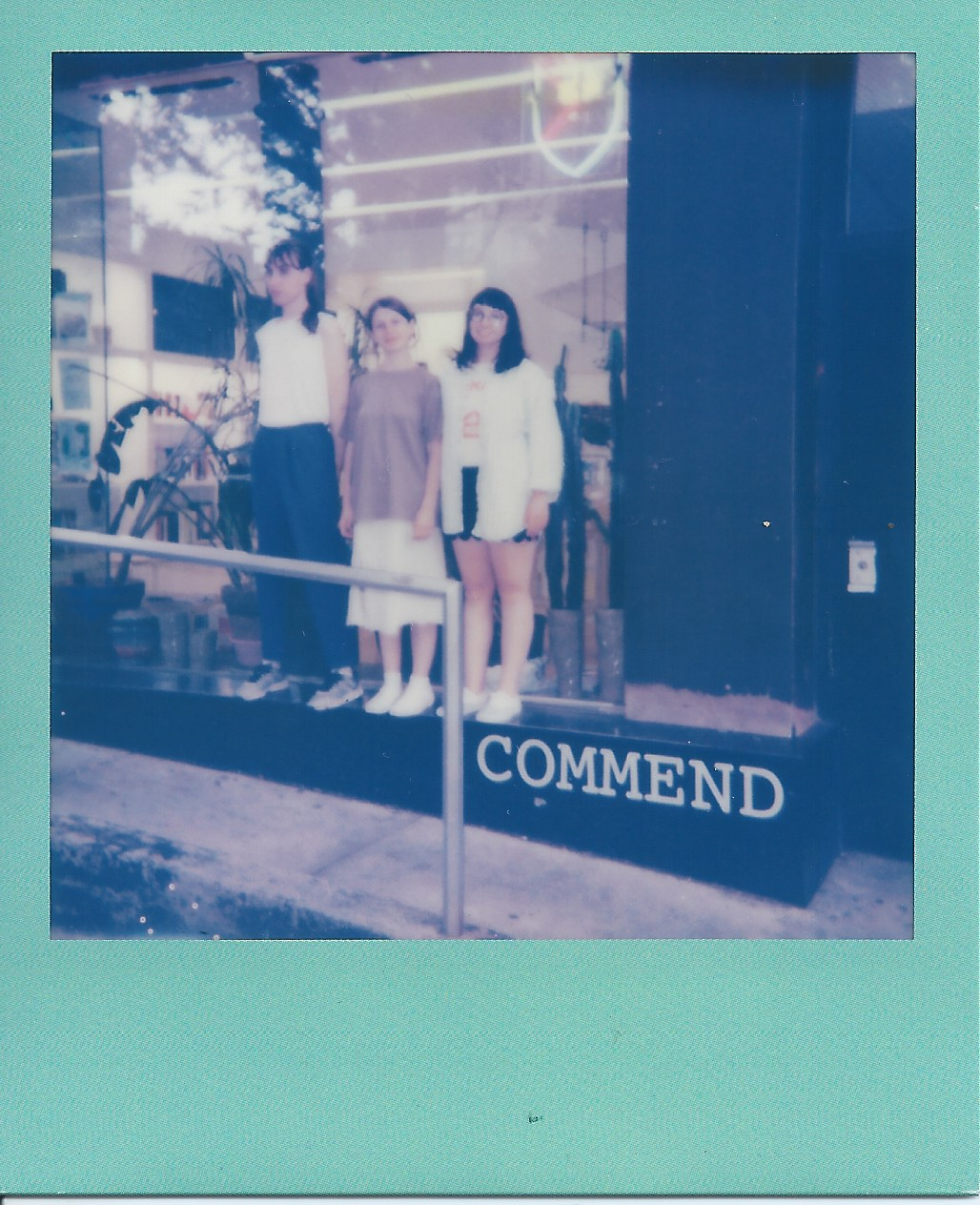 Commend Trio Photo - 001