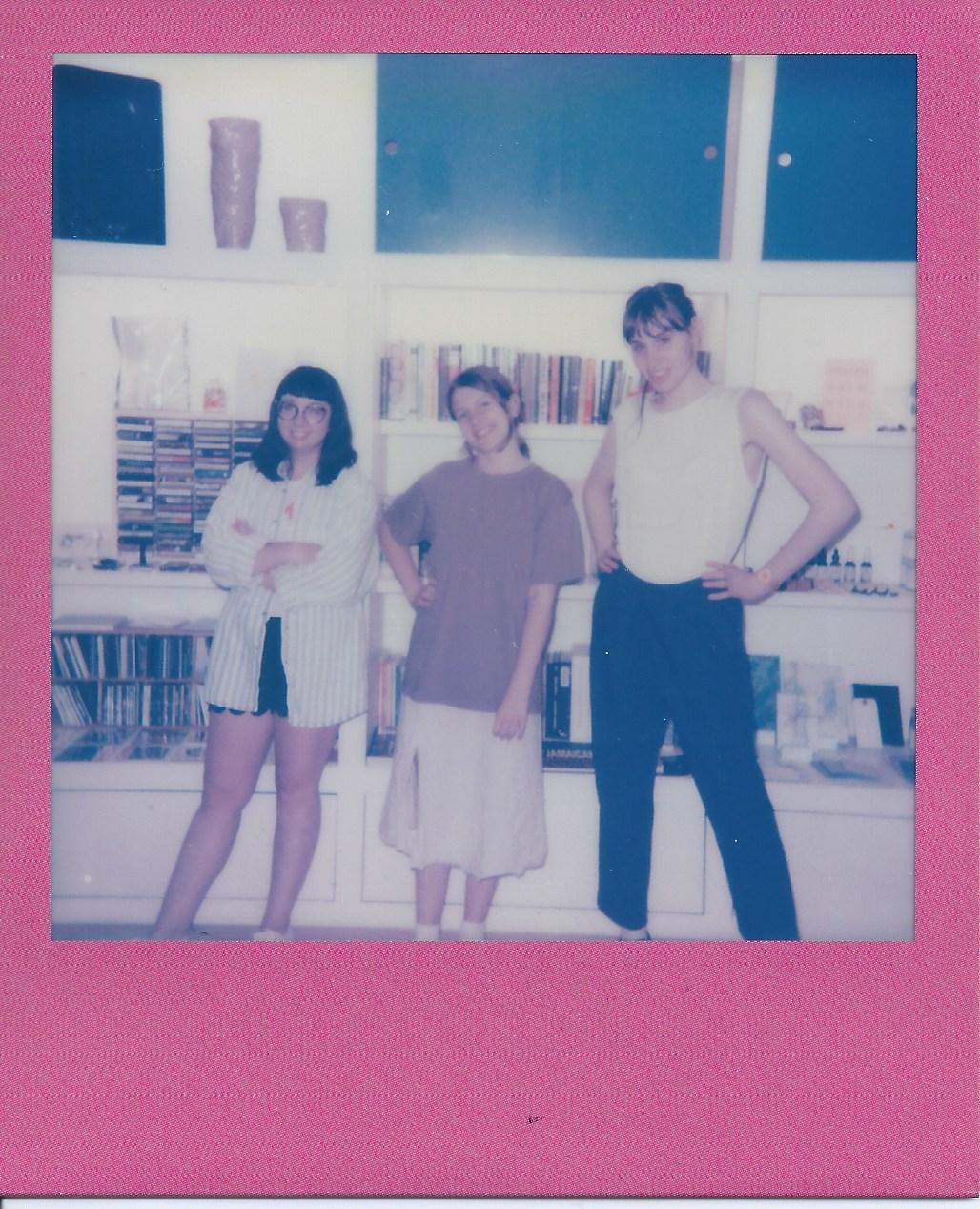 Commend Trio Photo - 003